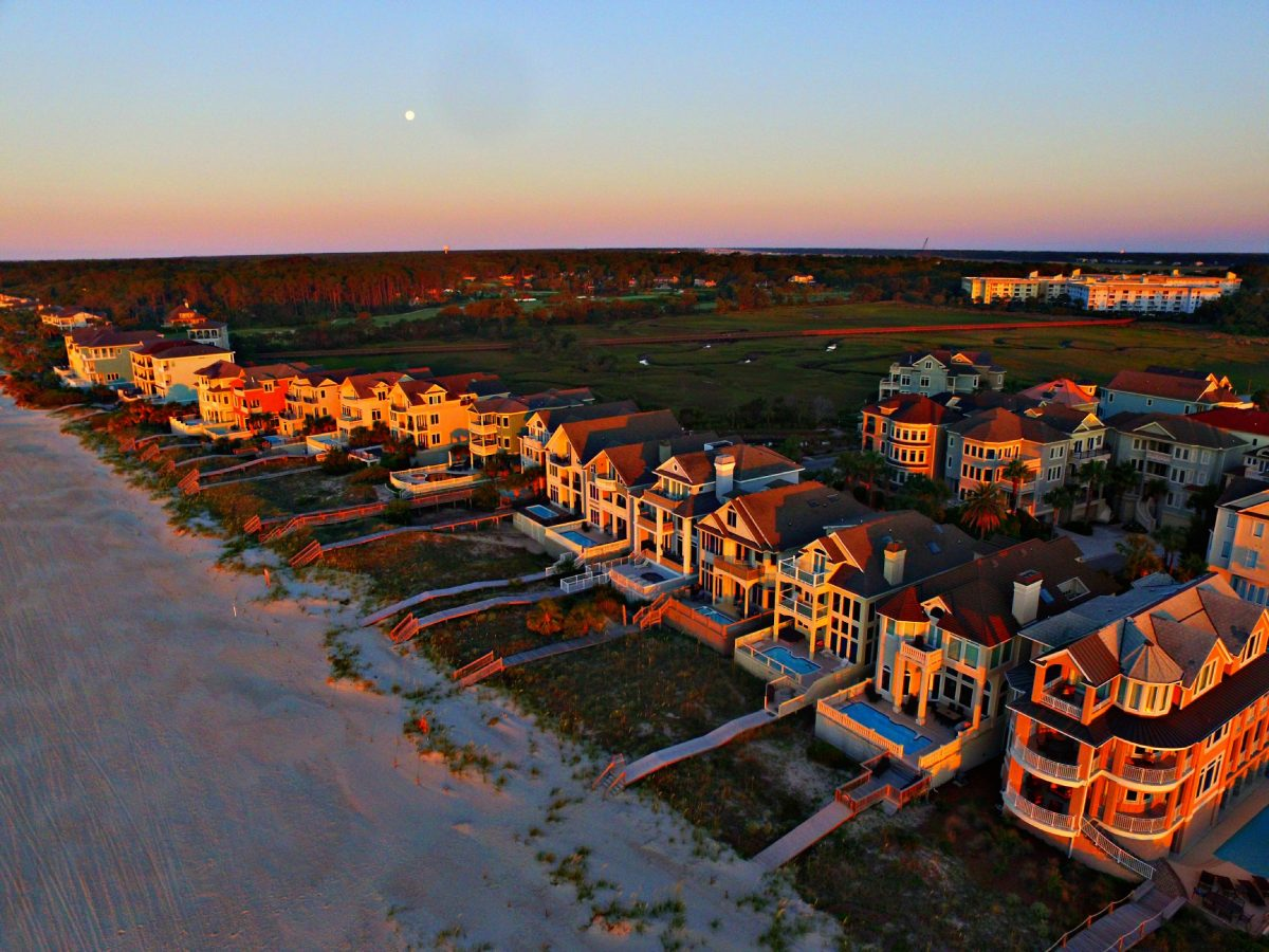 Search Sarasota Area Waterfront Homes and Condos